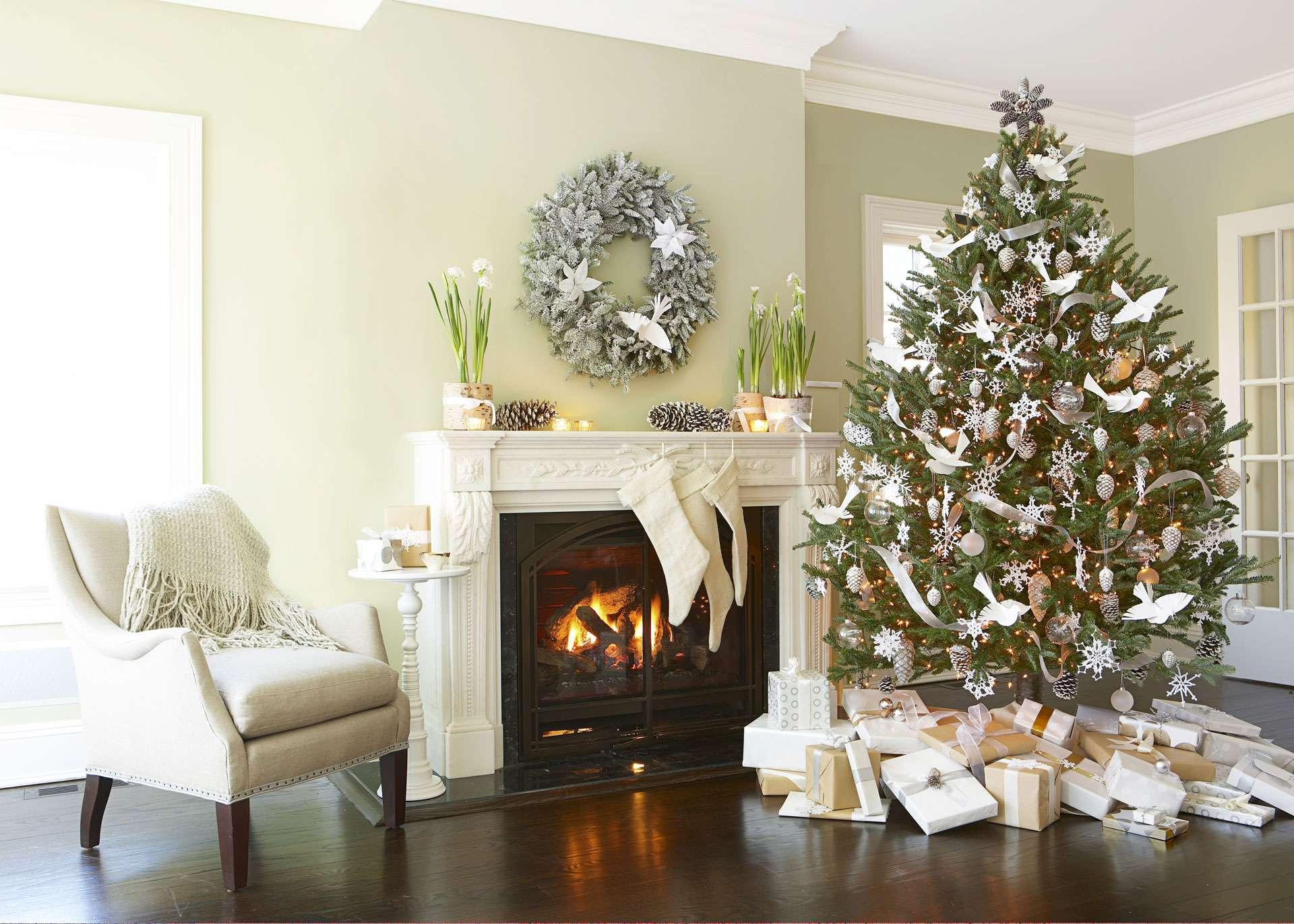 Як прикрасити будинок до Нового року