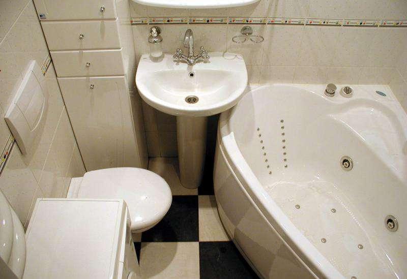 раковина для маленької ванни